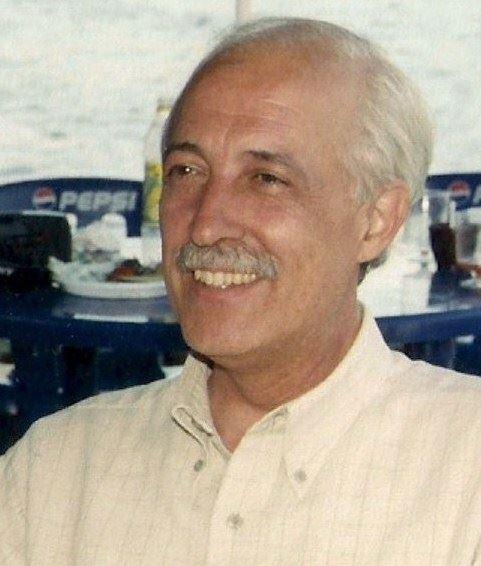 """Manuel Navarro Seva: """"Yo soy escritor de lo cotidiano"""""""