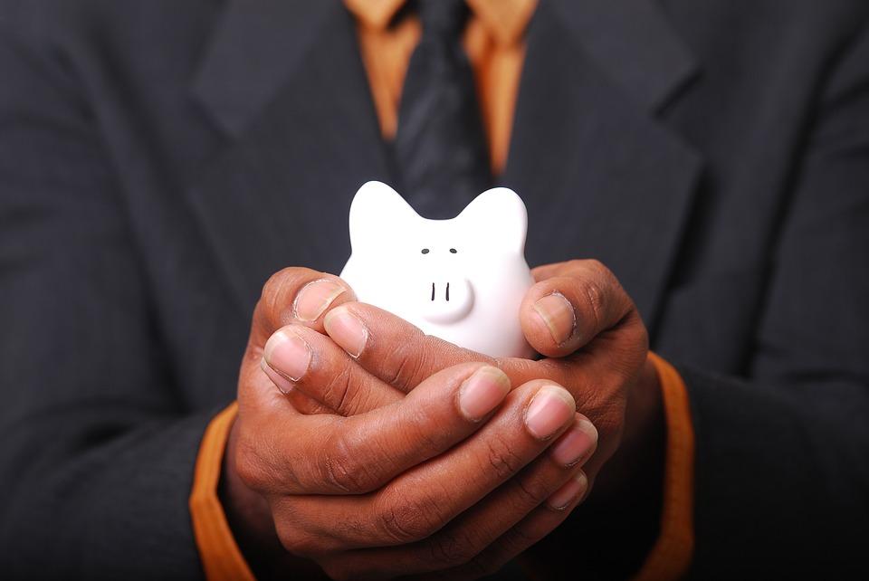 Tú, tu alma, tu corazón, tus manos, tus sueños… todo lo que te hace existir es fuente de dinero